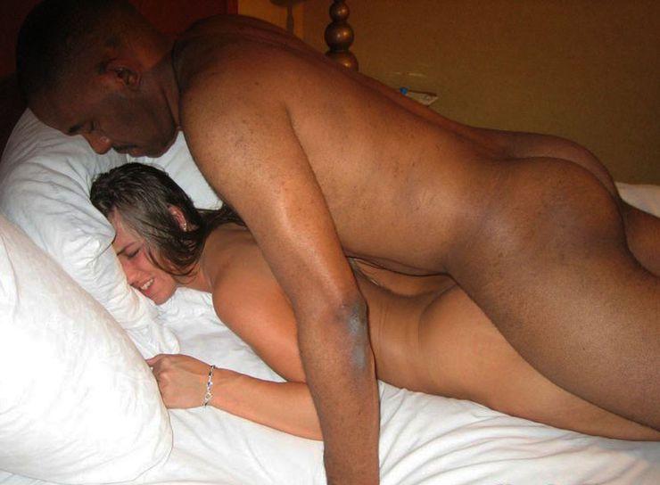 Girls licking pussy porn